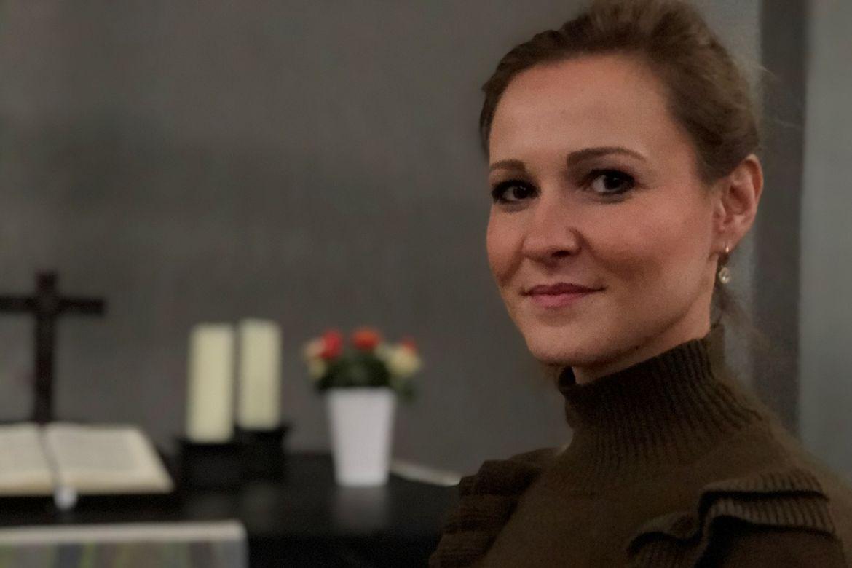 Eine Frau Anfang 30, Vanessa Poepping - Copyright: Ines Langhorst